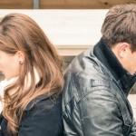 女性の好き避け・嫌い避けを超簡単に見抜く方法