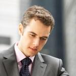 女性社員の間で悪口をいわれる、残念すぎる男性社員の特徴・4選