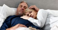 性欲だけは衰えず ! 性欲旺盛な中高年のセックス事情