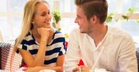 好きな女性に好意を知られずに話しかけるきっかけ・タイミング5選